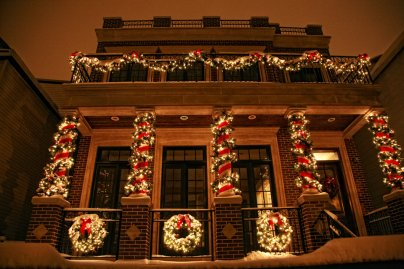 Wreath Holiday Lighting Garland