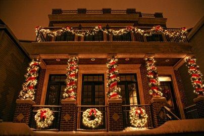 Wreath Holiday Lighting Garland
