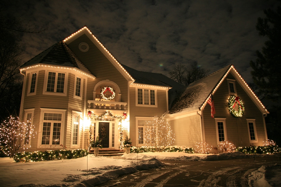 residential_christmas_lightsdecor-053