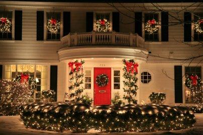 Red Door Holiday Lighting Fence Garland