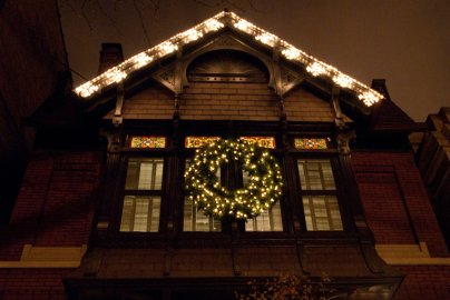 Holiday Lighting Chicago Homes Professional Window